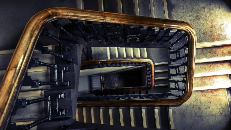 malditas escaleras relato corto de ximo salas